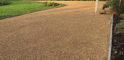 Why Are Tar And Chip Driveways Becoming Popular?